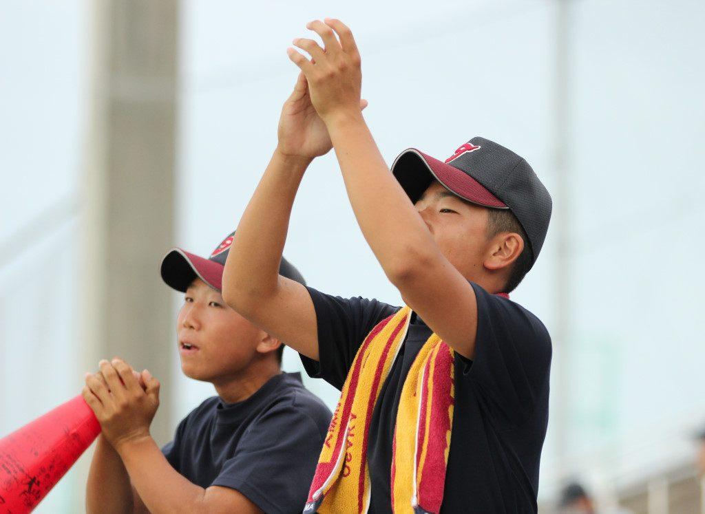 豊島高校スタンドの応援(2015年7月・南港中央球場)