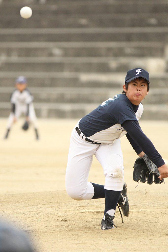 千里新田ファイターズには5年生の本格派投手がいる!
