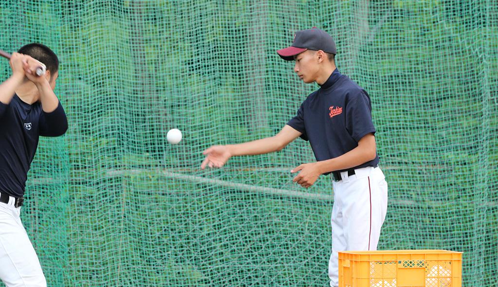 豊島の男子マネジャー笹澤君。彼の選手分析力にはおかちんも助けられた