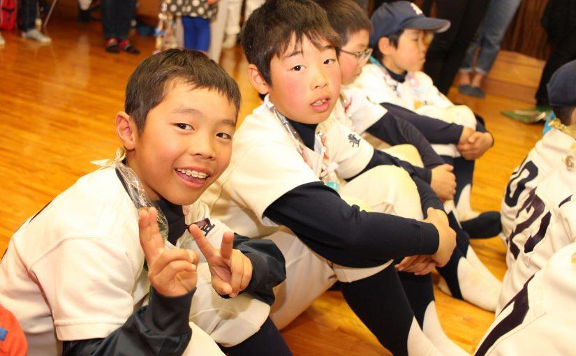 豊島小で新聞授業 パワーズがおかちんに気づく